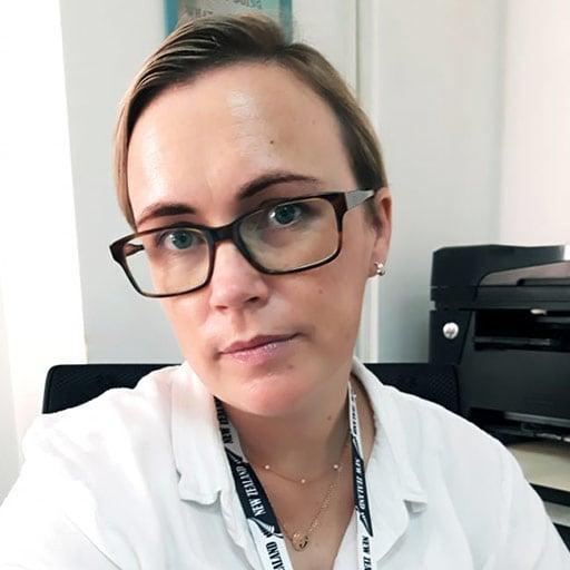 bio-elizabeth-bradley